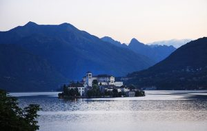 lakes of italy