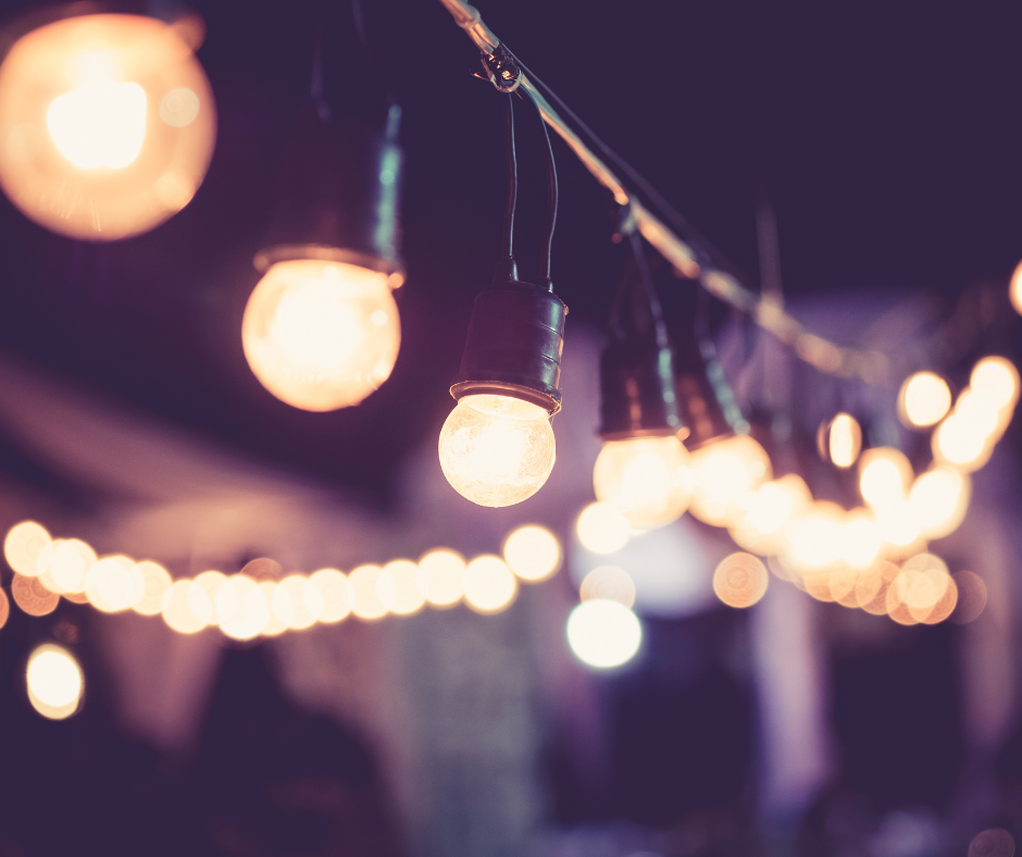 Why Should You Consider Hosting A Hybrid Event?